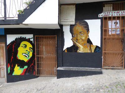 Kapverdische Fassaden-Kultur auf Santo Antao - Bob Marley und Cesaria Evora
