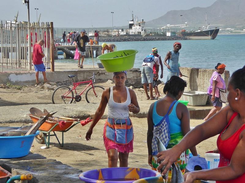 Fischverkäuferinnen in Mindelo, Sao Vicente